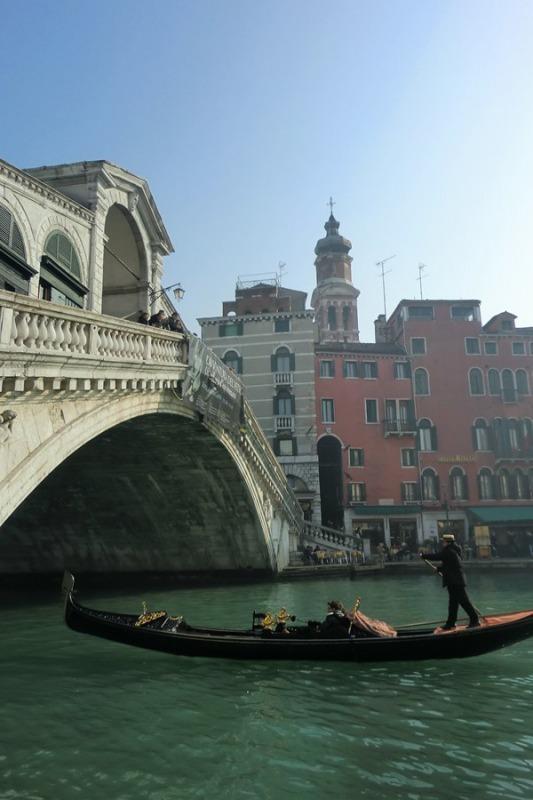 イタリア_ヴェネツィア_リアルト橋2