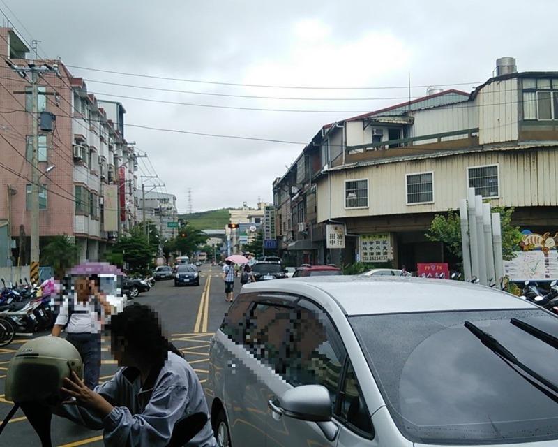 台湾_清水駅前
